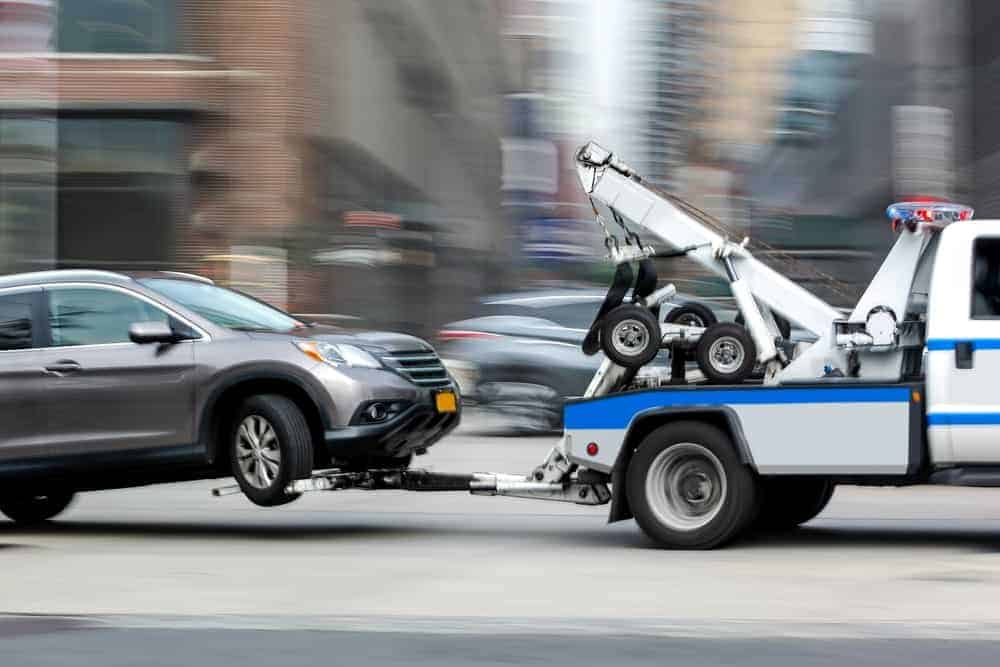 How to tow a car in the right way Towing trucks