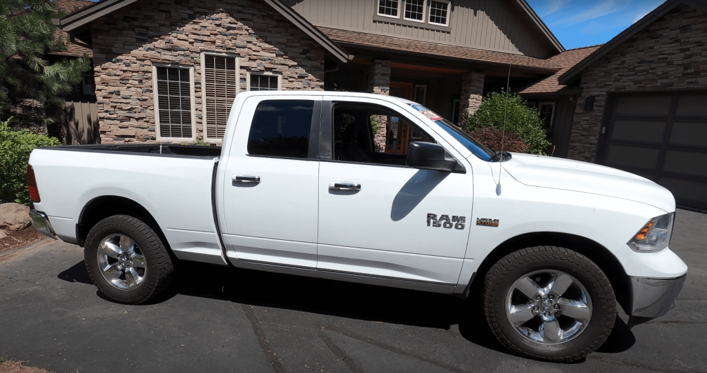 Dodge Ram 1500 Fourth Generation - a rare guest on our roads